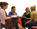 vier dames socratisch in gesprek